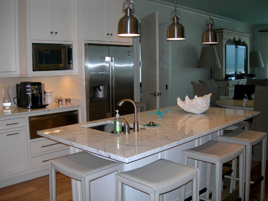 Remodeled Pensacola Beach Condominium Kitchen and Bathroom by