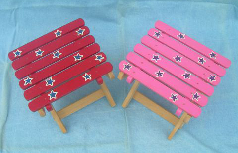 Folding Popsicle-Stick Tables